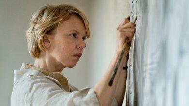 Alma Pöysti in Tove (Blue Finch Film Releasing) (2)
