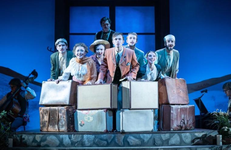 Photo of Broken Wings – Theatre Royal, Haymarket