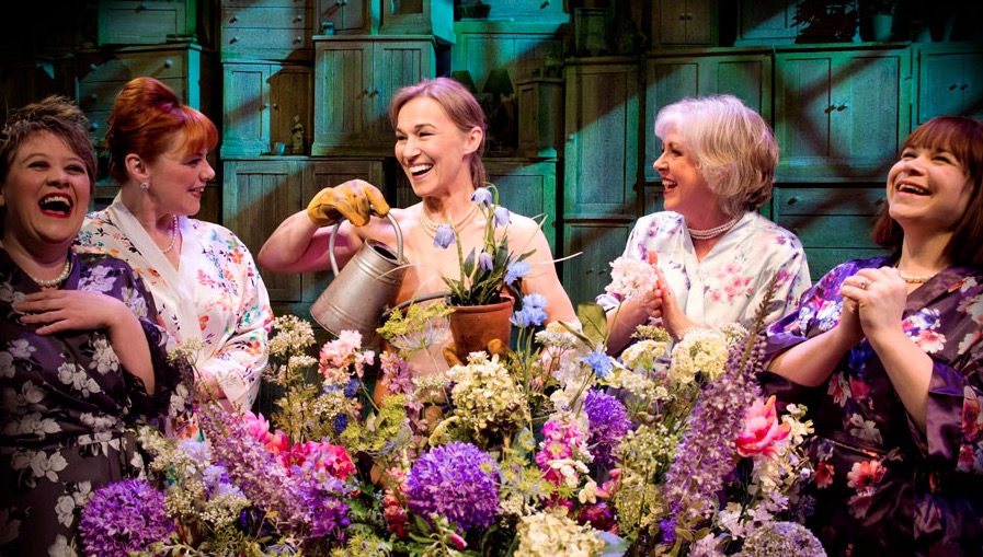 Photo of CD REVIEW: Calendar Girls The Musical – 2017 Original London Cast