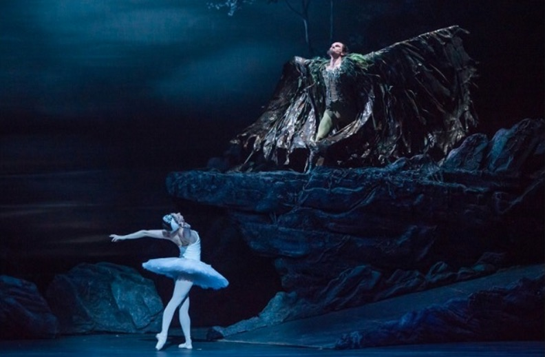 Photo of English National Ballet: Swan Lake – Liverpool Empire