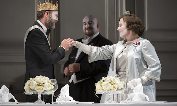Photo of Hamlet (Glyndebourne) – Theatre Royal, Plymouth