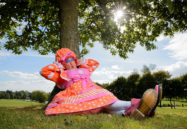 Photo of INTERVIEW: Panto veteran Iain Lauchlan on Sleeping Beauty, The Tweenies and being a bloke in a frock