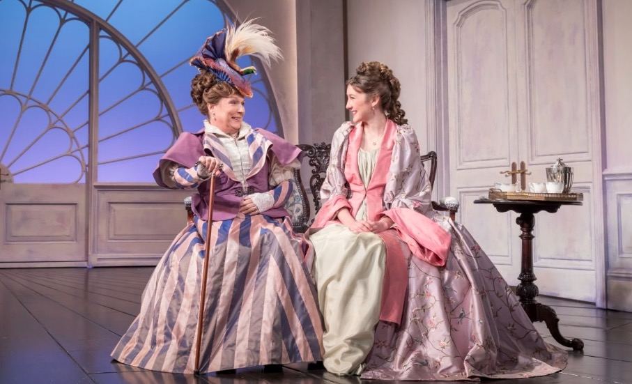 Photo of Lady Windermere's Fan – Vaudeville Theatre, London