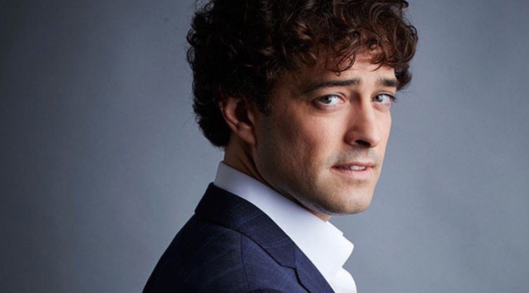 Photo of Lee Mead: Ten Years The Anniversary Tour – The Lowry, Salford