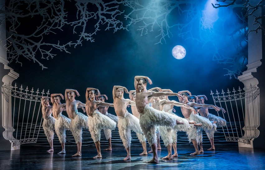 Photo of Matthew Bourne's Swan Lake – Liverpool Empire