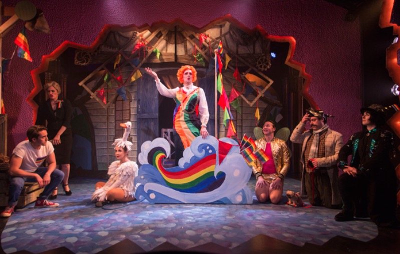 Photo of Mother Goose Cracks One Out – Above The Stag Theatre, London