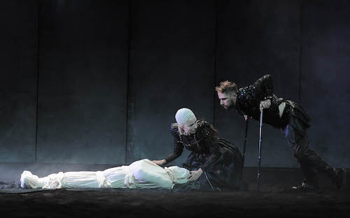 Photo of DUBLIN THEATRE FESTIVAL: Richard III – Abbey Theatre, Dublin