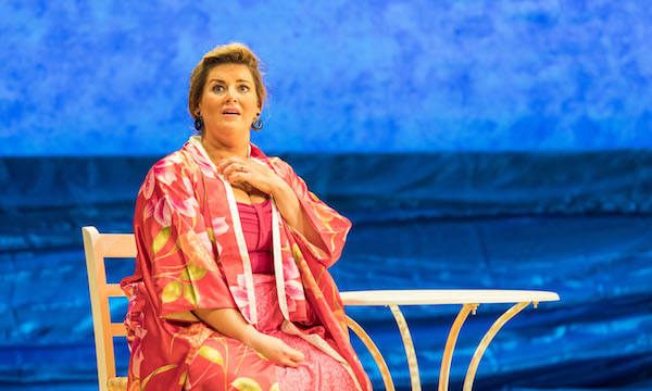 Photo of Shirley Valentine – Lyceum Theatre, Sheffield