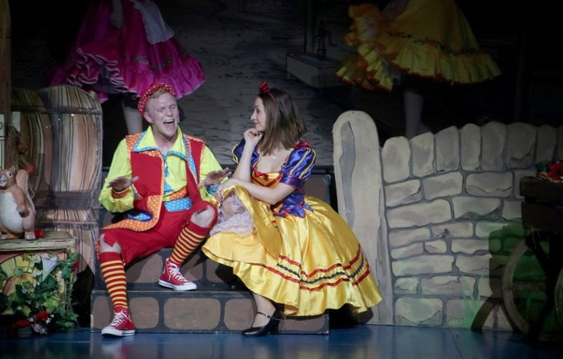 Photo of Snow White and the Seven Dwarfs – St Helens Theatre Royal