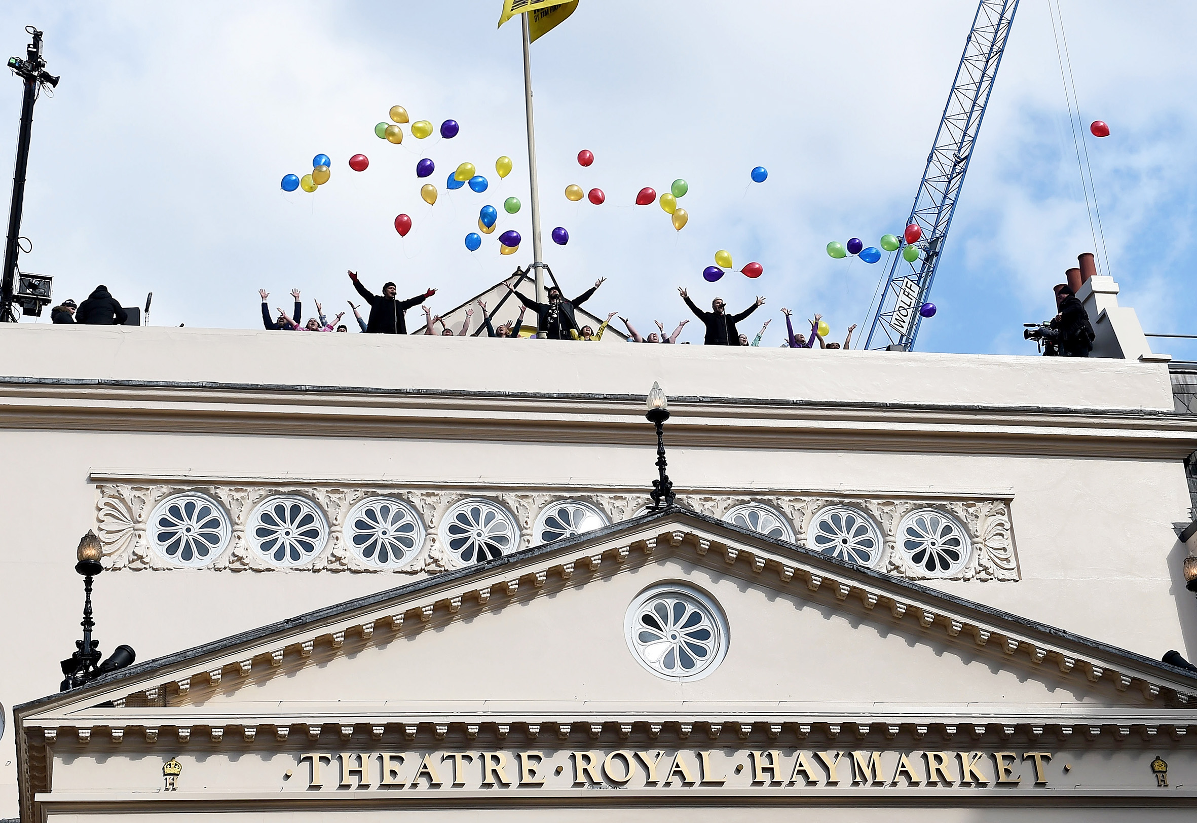 Photo of NEWS: Take That announce musical The Band's West End season with rooftop performance
