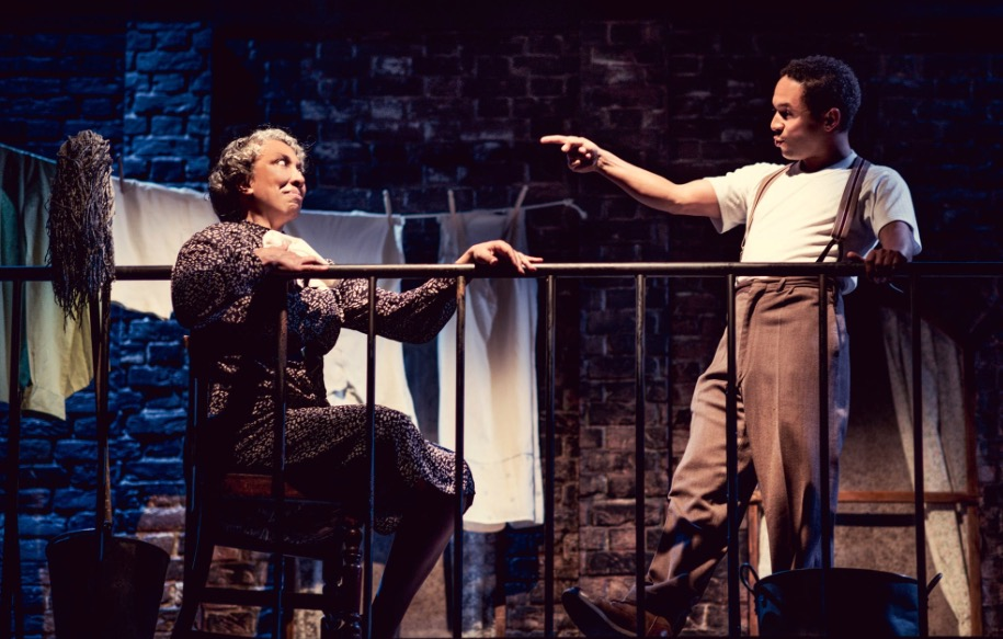 Photo of The Glass Menagerie – Arcola Theatre, London