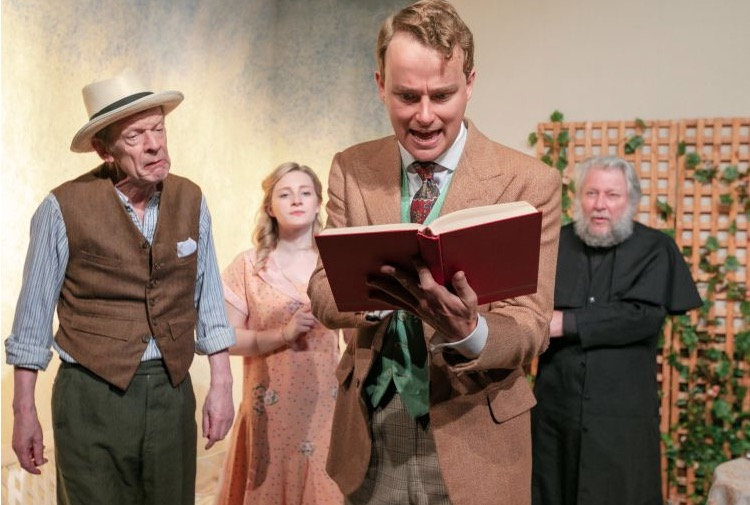 Photo of The Importance of Being Earnest – Tabard Theatre, London