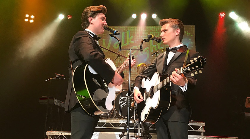 Photo of INTERVIEW: Trevor Payne talks Everly Brothers ahead of Walk Right Back in Dundee