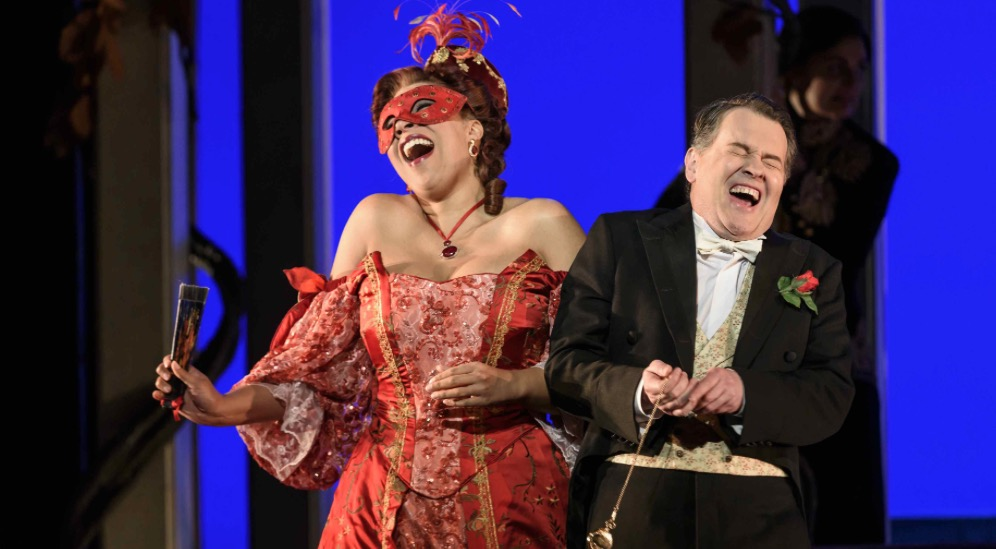 Photo of Welsh National Opera: Die Fledermaus – Liverpool Empire