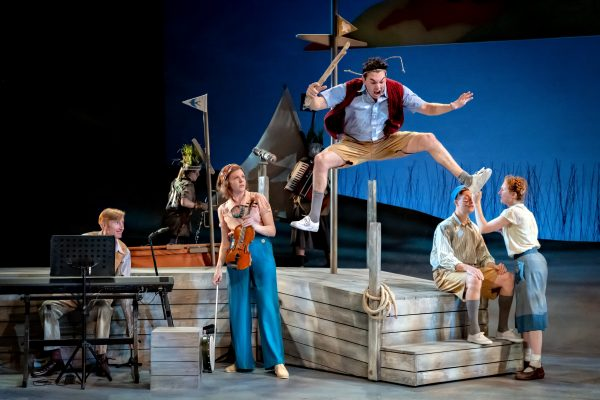 Photo of Swallows and Amazons – York Theatre Royal