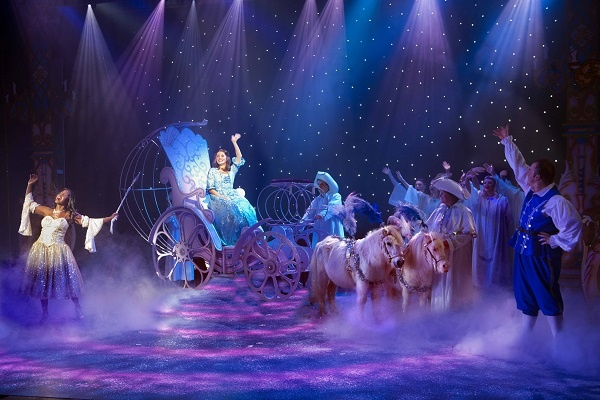Photo of Cinderella – Yvonne Arnaud Theatre, Guildford