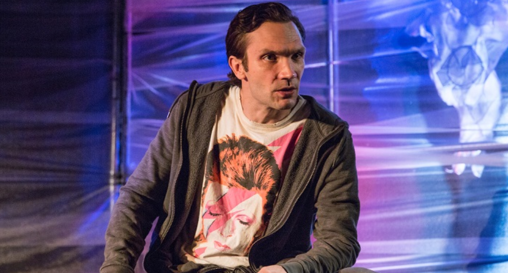Photo of FIVE FAST FRINGE QUESTIONS with Adrian Berry