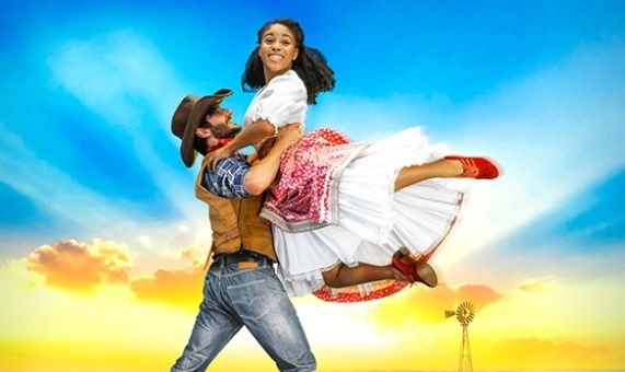 Photo of Oklahoma! – Festival Theatre, Chichester