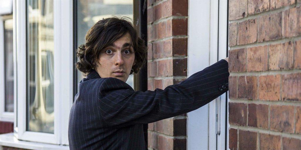 Photo of FIFTY-WORD FRINGE PITCH: Rowan McCabe on Door-to-Door Poetry